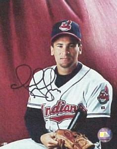 Omar Vizquel Signed Photo 236x300 Image