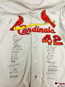St Louis Cardinals Team Signed Jersey