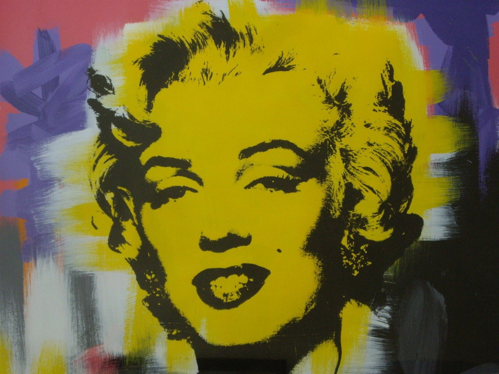 andy warhol the pop art movement essay Then, at columbia, he earned a graduate degree in philosophy, majoring in aesthetics, and channeled his passion andy warhol roy lichtenstein essay photography what exactly is pop art.